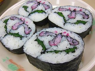 菖蒲柄の太巻き祭り寿司(海苔巻き)